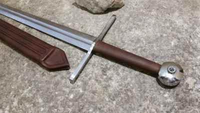 Two Handed Templar Sword